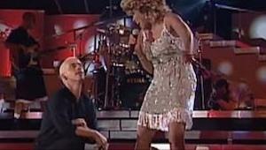 Parece que Tina Turner hizo un pacto con el diablo... ¡Ella no envejece!