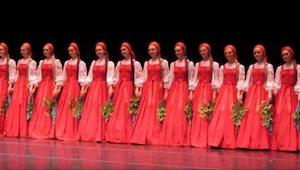 Las bailarinas rusas aparecieron en el escenario. ¡Cuando empezaron su actuación